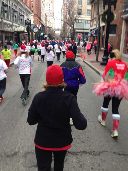 and we're off -- running down westminster street!  doncha love all the festive costumes!